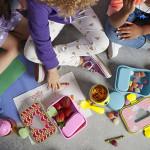 طقم حافظة الطعام للاطفال مع اشكال حديقة الحيوان من سكيب هوب, زرافة